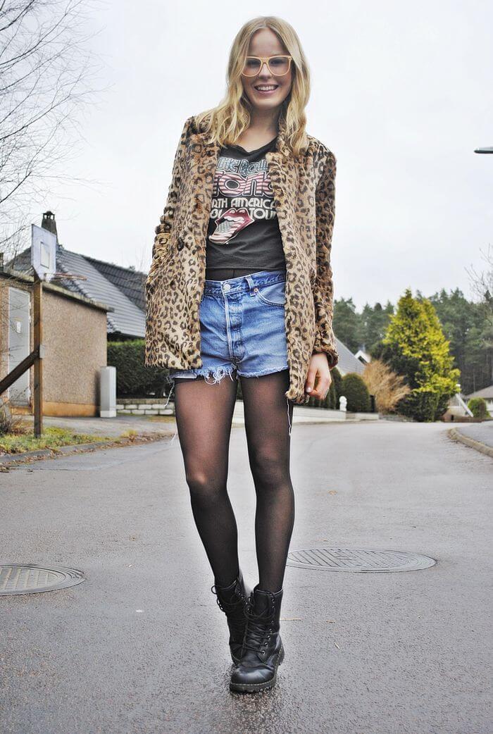 джинсовые шорты с леопардовым свитером