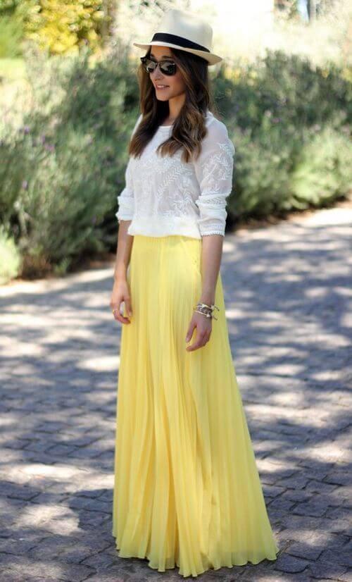 желтая юбка плиссе с белой рубашкой с чем носить