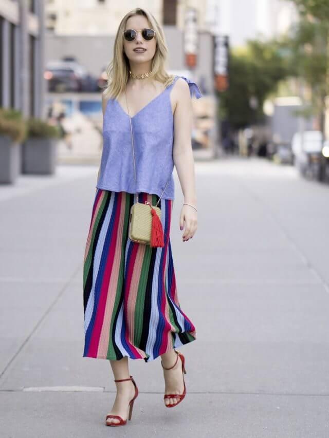 полосатая юбка плиссе с сиреневой майкой с чем носить