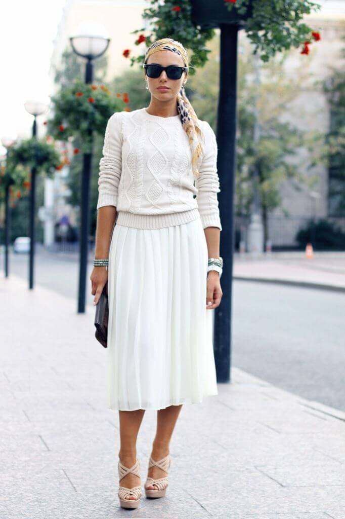 с чем носить белую юбку плиссе до колена