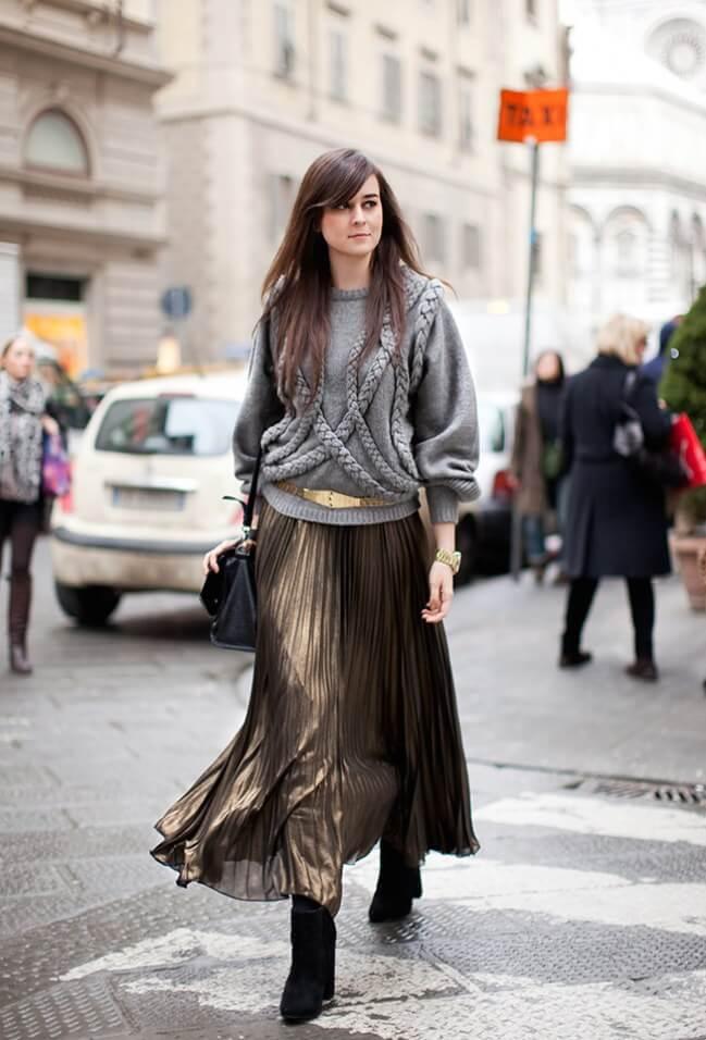 коричневая юбка плиссе металлик с серым свитером с чем носить