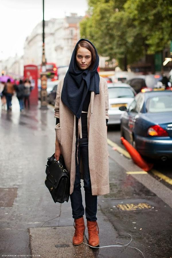длинный черный шарф