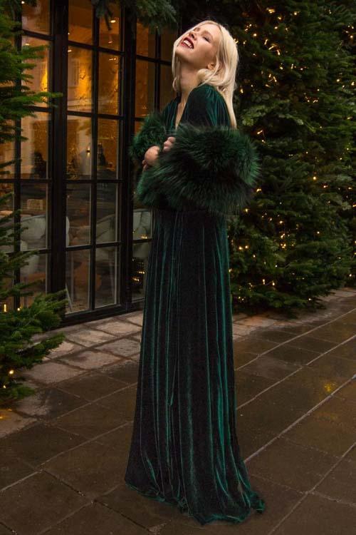 изумрудное бархатное платье длинное