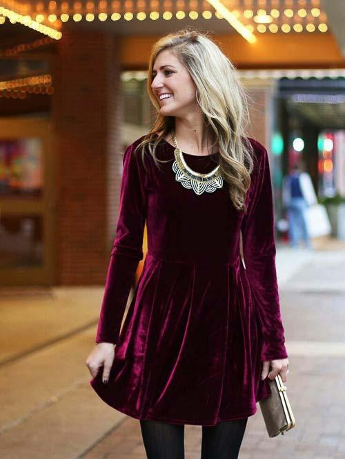 виное барахатное платье красное