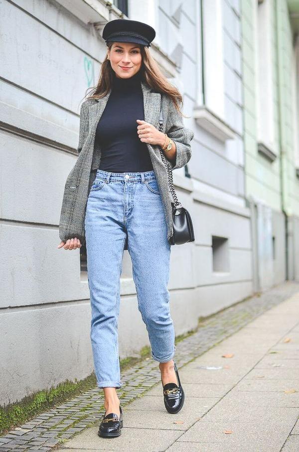 джинсы слоучи с пиджаком серым
