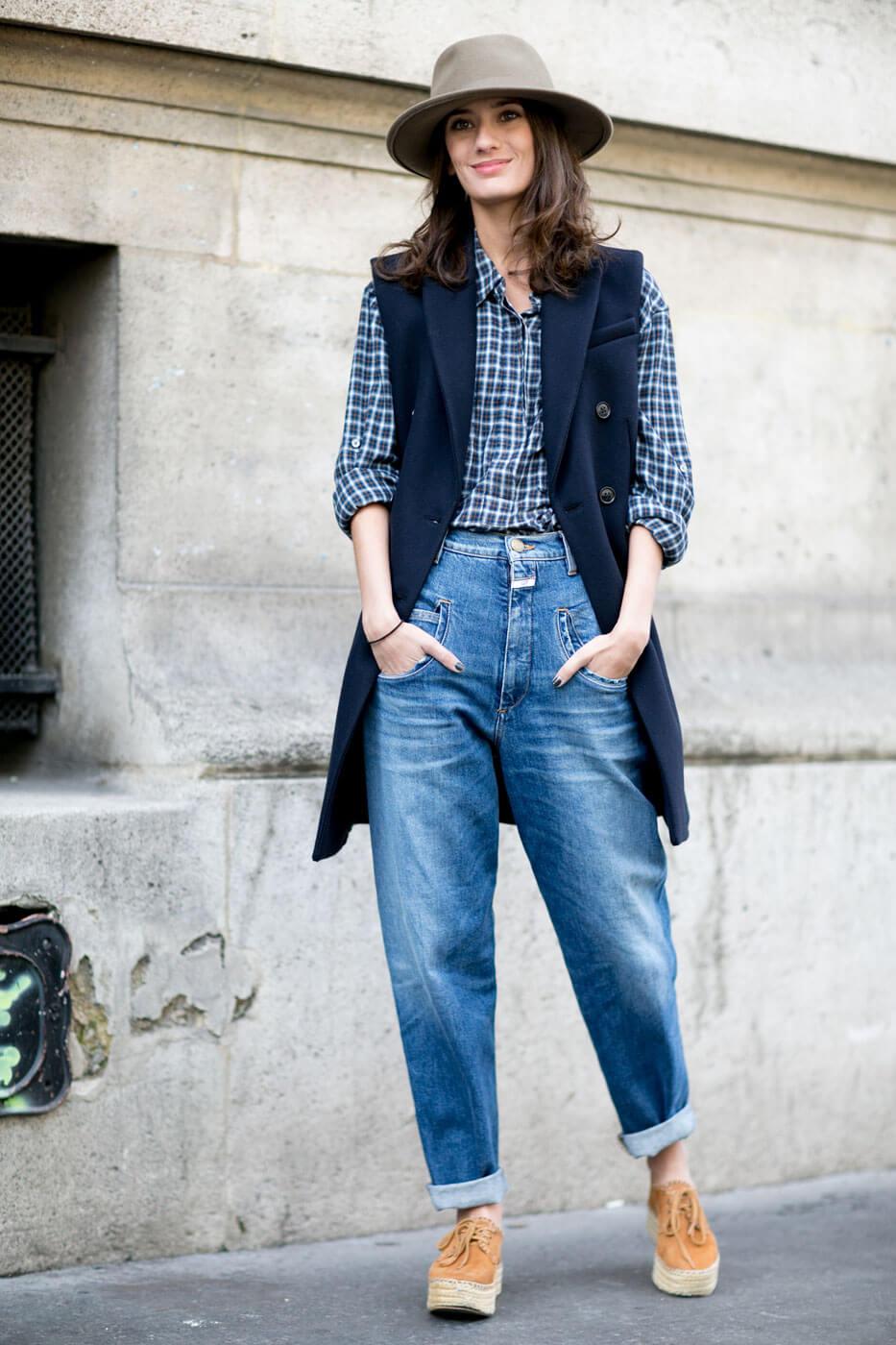 джинсы слоучи с шляпа и пиджак