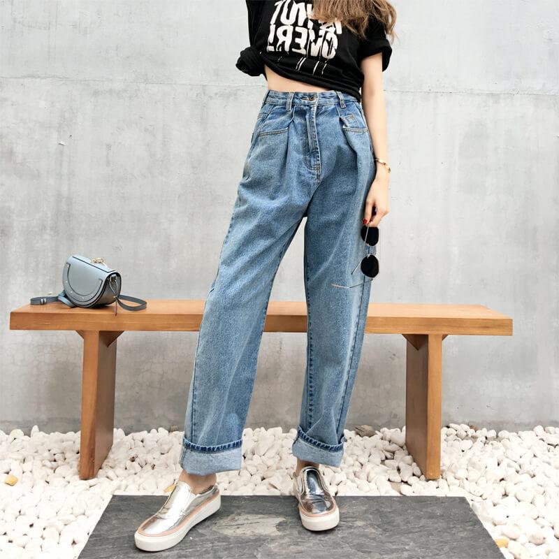 джинсы слоучи с серебрянными слипонами