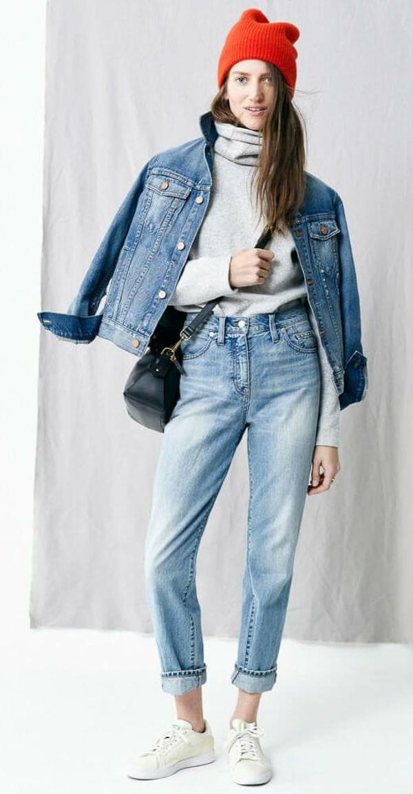 джинсы слоучи с водолазкой