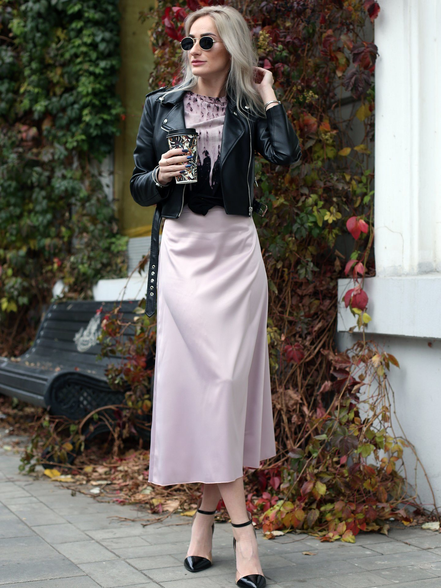 атласная юбка миди розовая
