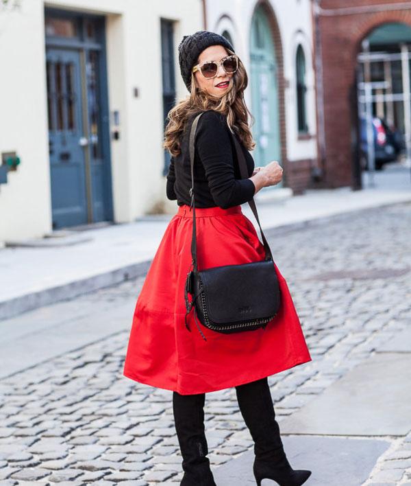 красная юбка солнце с беретом