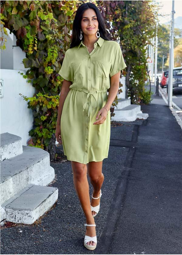 как носить платье рубашку светло зеленая