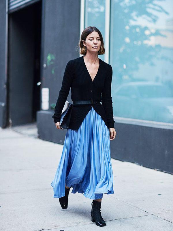 юбка миди голубая с пиджаком