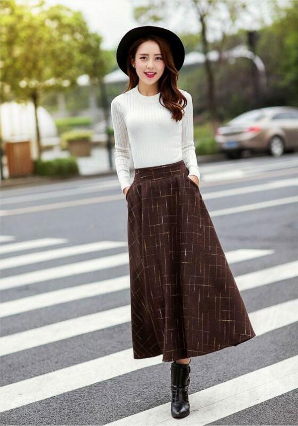 юбка миди коричневая с белым свитером