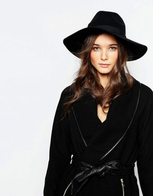 с чем носить шляпу федора черную