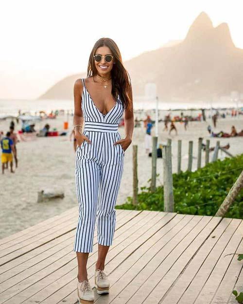 комбинезон полосатый как носить на пляже