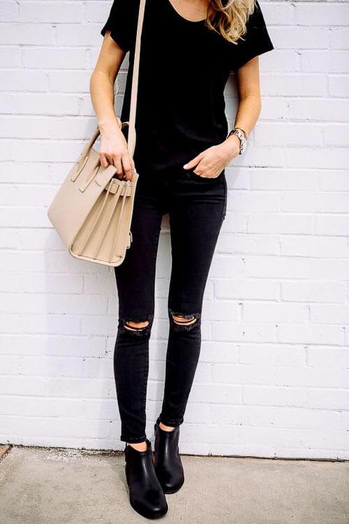 С чем носить черные рваные джинсы
