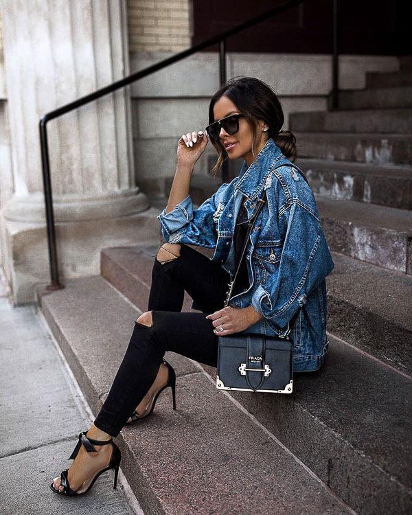 джинсовая куртка с шпильками