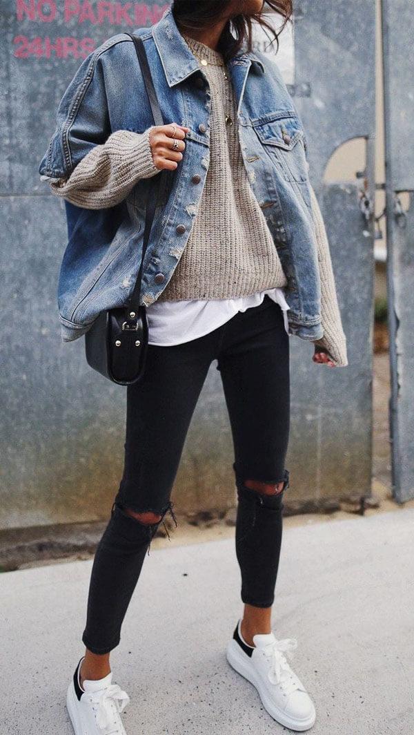 джинсовая куртка удлиненная с кедами