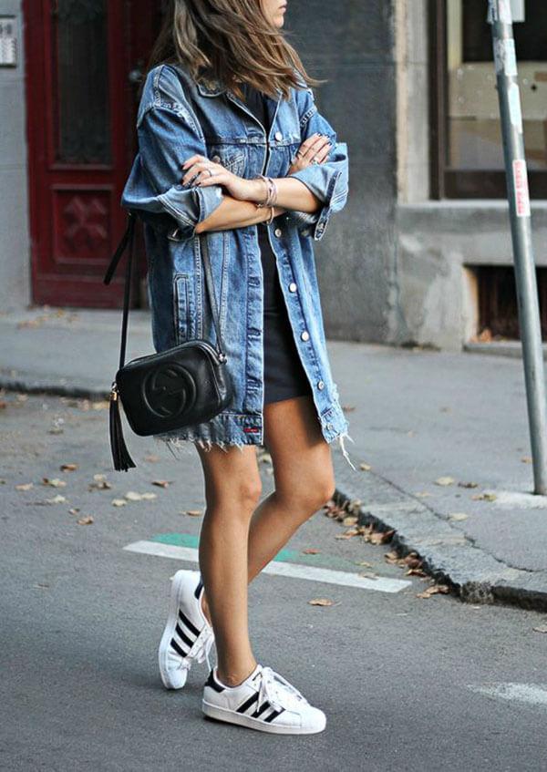 джинсовая куртка удлиненная с адидасами