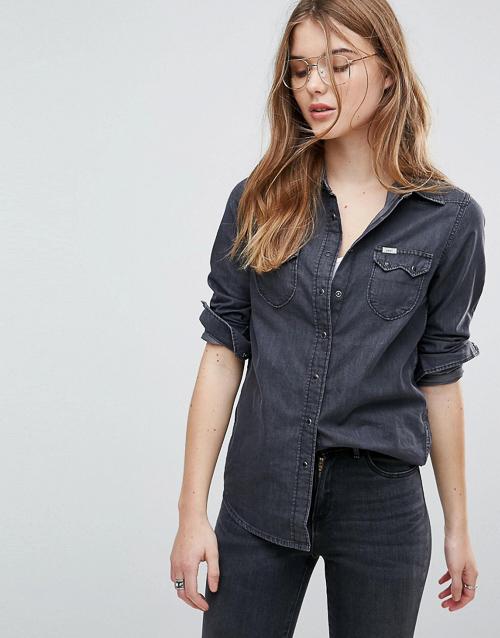 С чем носить черную джинсовую рубашку