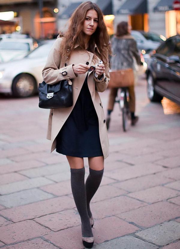 с чем носить гетры с бежевым пальто